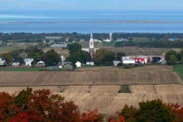 «L'agriculture, ça relève de choix sociaux et même d'une culture sociale puisque l'alimentation reflète ce qu'on est, l'héritage culturel qui est le nôtre et les spécificités de notre territoire.» - Claire Bolduc, présidente de Solidarité Rurale du Québec. Photo: N.Falcimaigne