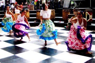 Des danses traditionnelles colombiennes ont été présentées à l'occasion de la Journée gatinoise de la célébration de la diversité culturelle. Photo: V.Hébert